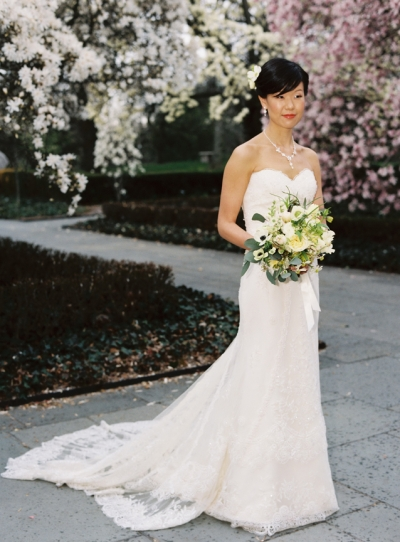 Brooklyn Botanic Garden Wedding in Spring