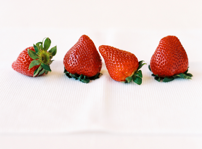 KWise_StrawberriesInRow2